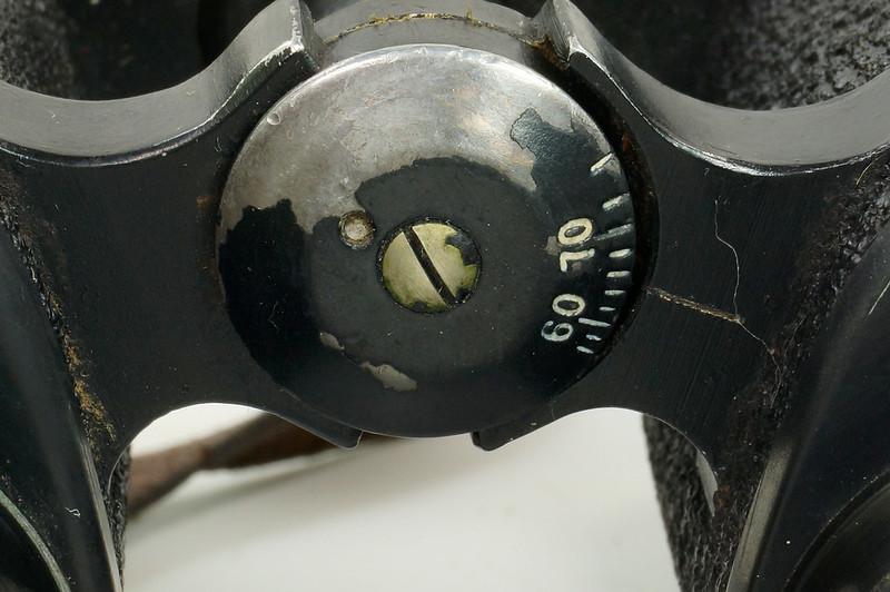 RD24853 Vintage 1942 WW2 US Army M-3 6X30 Field Binoculars DSC08679