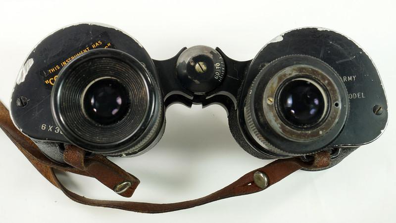 RD24853 Vintage 1942 WW2 US Army M-3 6X30 Field Binoculars DSC08667