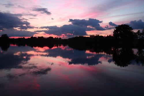 sky cloud evening sunset lake seeswoodpool reflection tree nuneaton