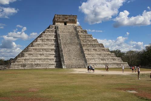 The Castillo, Chichen Itza, Mexico's Yucatán Peninsula