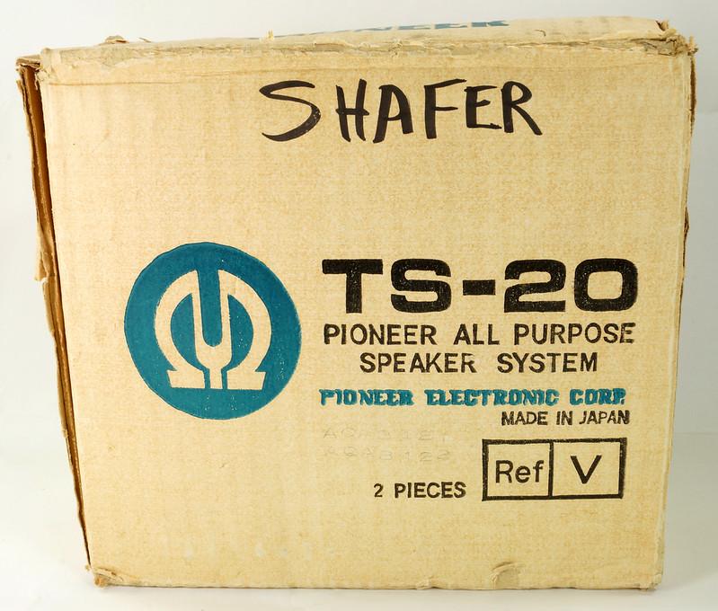 RD29659 Vintage 1968 Pioneer Car Stereo Speaker System TS-20 Pair in Original Box DSC08653