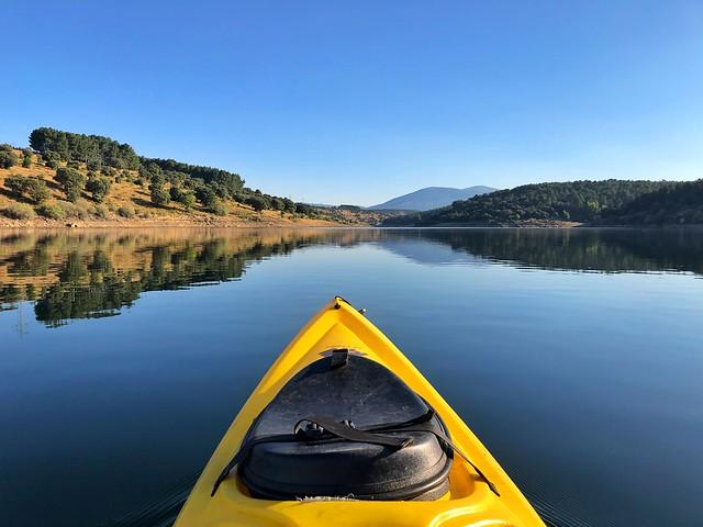 Kayak en Paredes de Buitrago (Sierra Norte de Madrid)