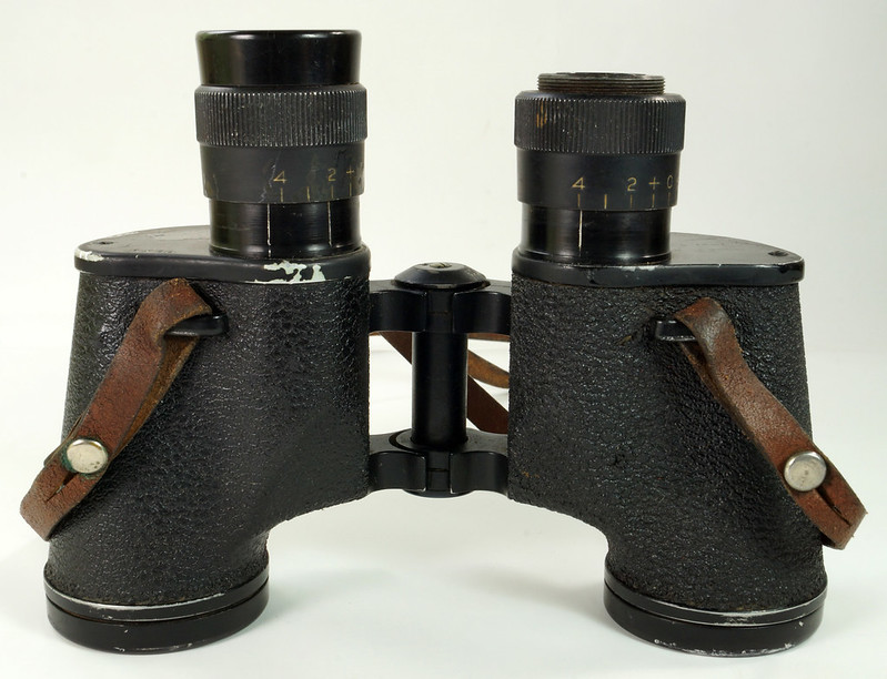 RD24853 Vintage 1942 WW2 US Army M-3 6X30 Field Binoculars DSC08671