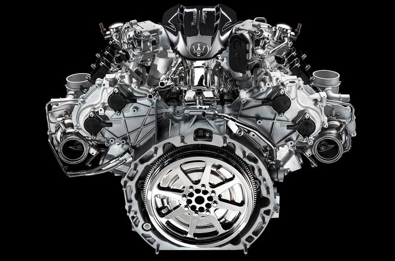 maserati-mc20-v6-engine-1