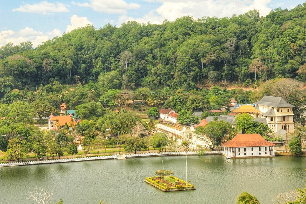 Kandy Lake and the Temple of the Sacred Tooth