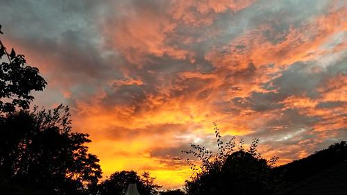 sunset lockdown berkhamsted hertfordshire