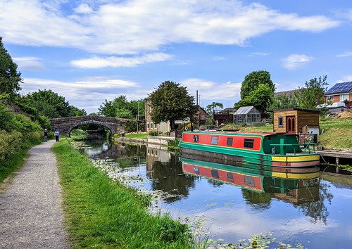 Boat on the canal at Preston | by Tony Worrall