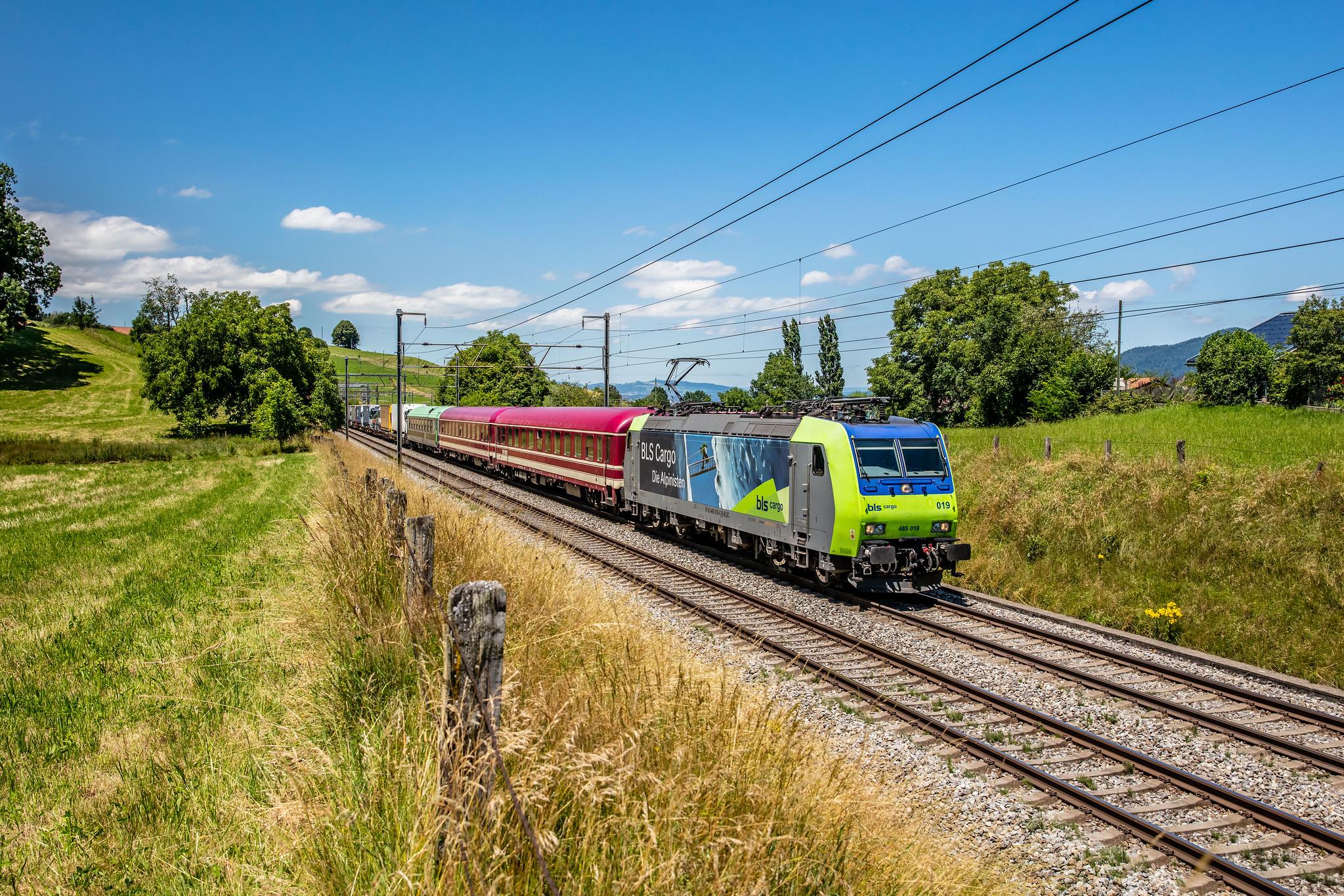 SIM 43617 Freiburg (Brsg) Gbf - Novara Boschetto