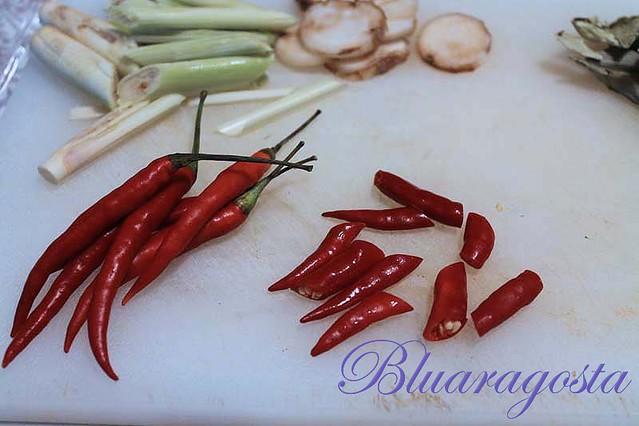 08-thai chili freschi