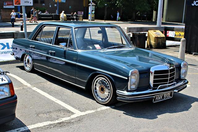 086 Mercedes 250 (W114 = Pre-facelift) Saloon (1972) HWK 910 L