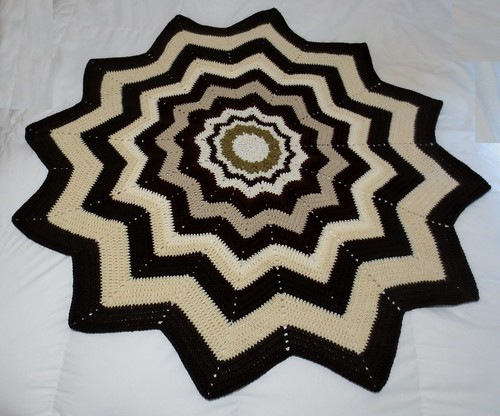 Tan-Brown Round Ripple Blanket