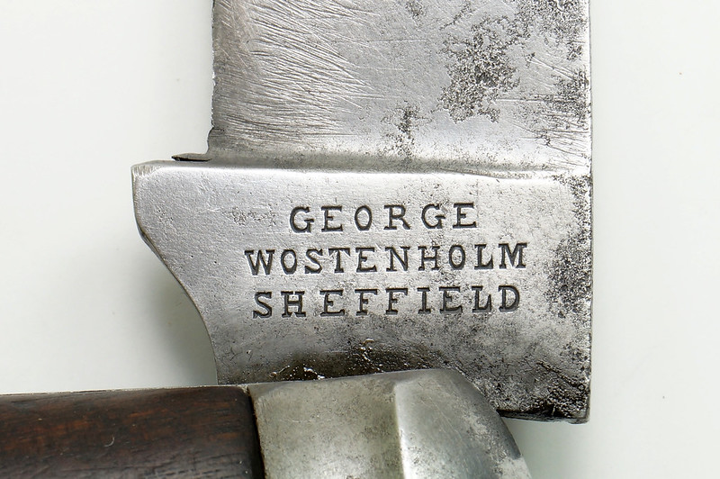 RD30403 Antique IXL George Wostenholm Sheffield England Hawk Bill Prunning Knife Rosewood Handle DSC08695