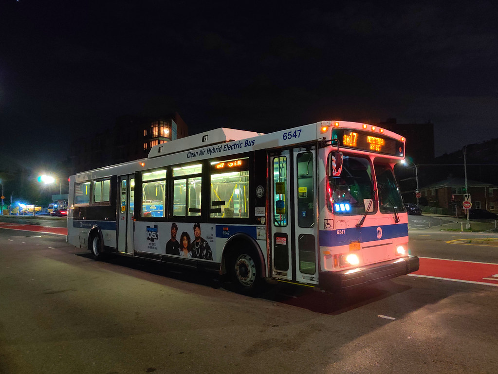 2005 Orion VII Hybrid 6547 on the QM17 at Woodhaven Boulevard & Wetherole Street