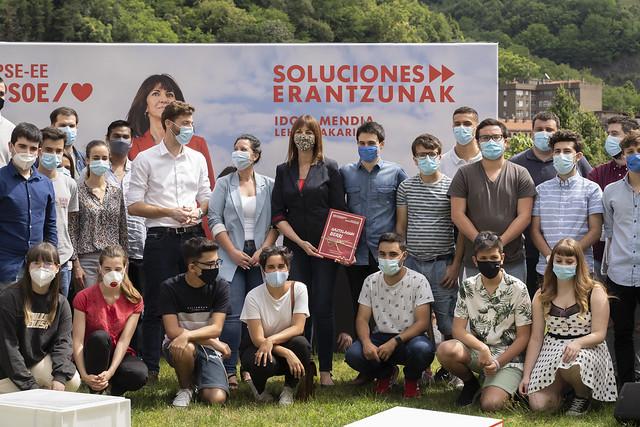 Idoia Mendia con las Juventudes Socialistas de Euskadi #12J
