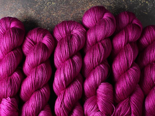 Brilliance 4 Ply  – British Bluefaced Leicester wool/silk hand-dyed yarn 100g – 'Professor Plum'