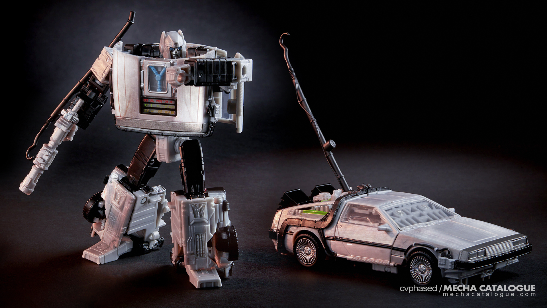 """Transformers Collaborative: """"Back to the Future"""" DeLorean / Gigawatt"""