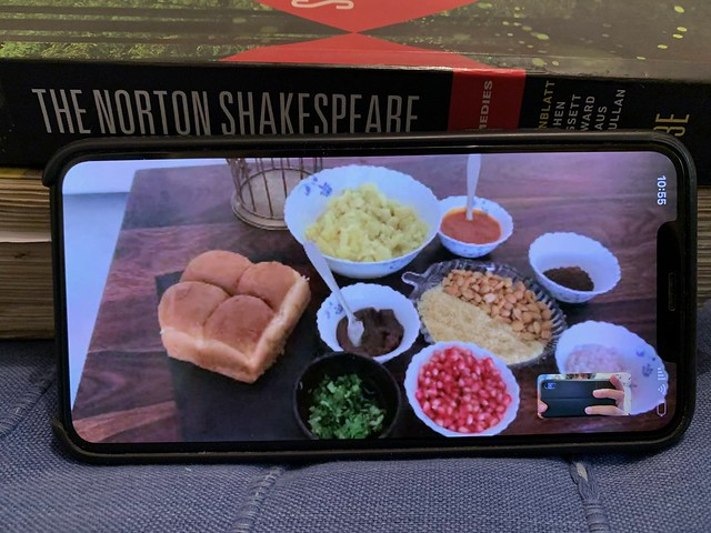 Julia Child in Delhi - Nafisa Adiraju's Kutchi Dabeli, Sohna Road, Gurgaon