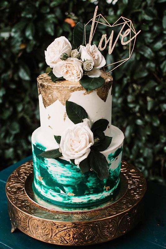 Winter Wedding Cake by The Sugar Coop