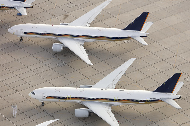 N940BC, N868BC, Boeing 777-200ER, Singapore Airlines, Victorville - California