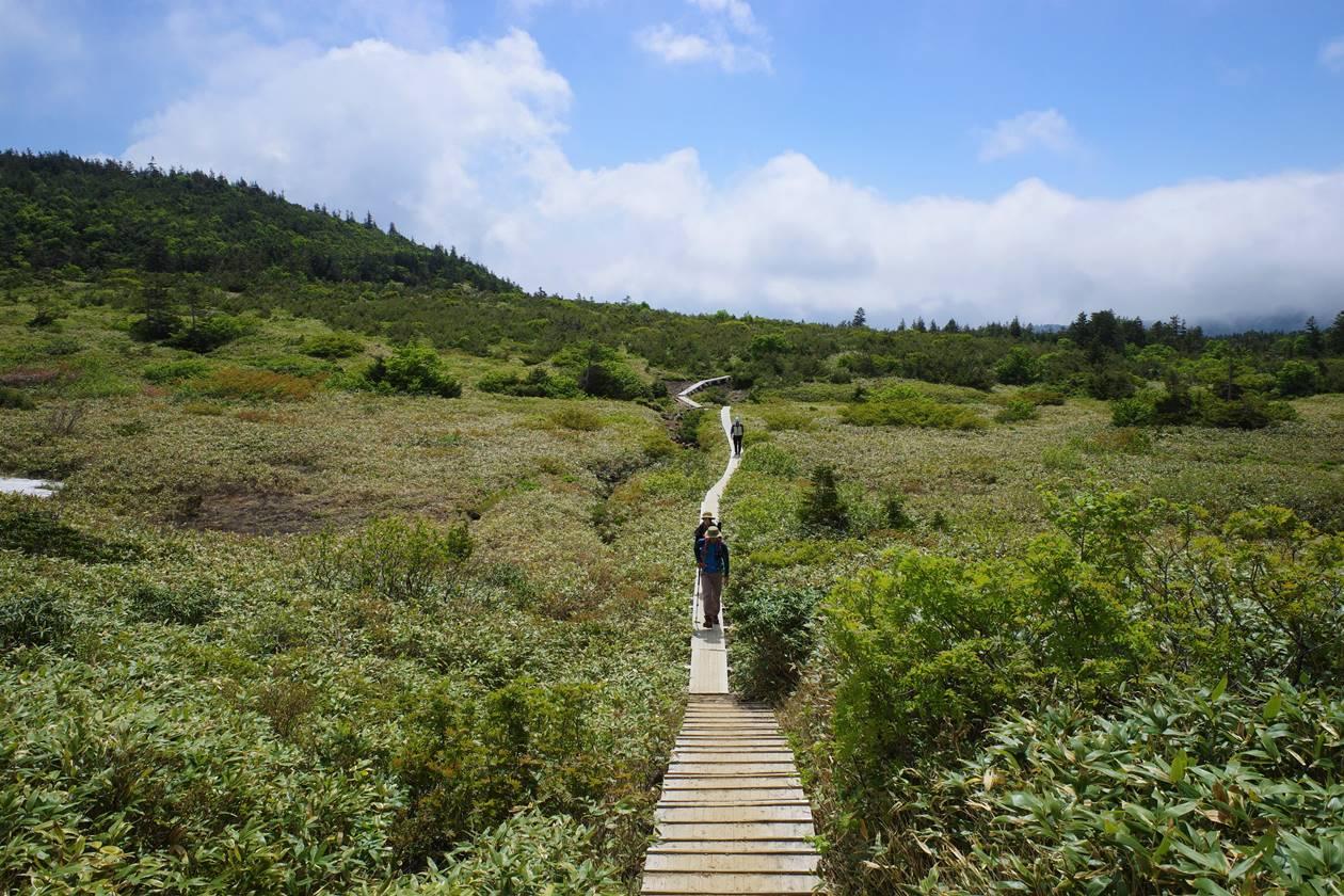 一切経山・姥ヶ原の木道散策
