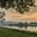 16. Juuni 2020 - 20:47 - Platz nehmen, genießen und das Wochenende einläuten. So wie hier in Hehlen an der Weser.