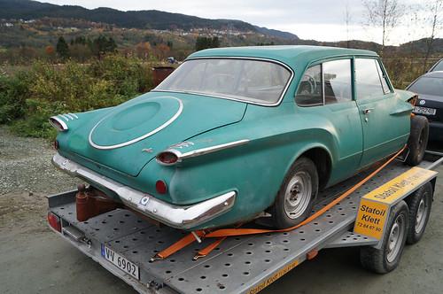 1961 Plymouth Valiant 2-door Sedan
