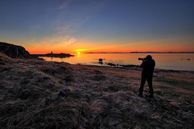 Artist/Photographer Iraj Nouri on photo hunt in Lofoten