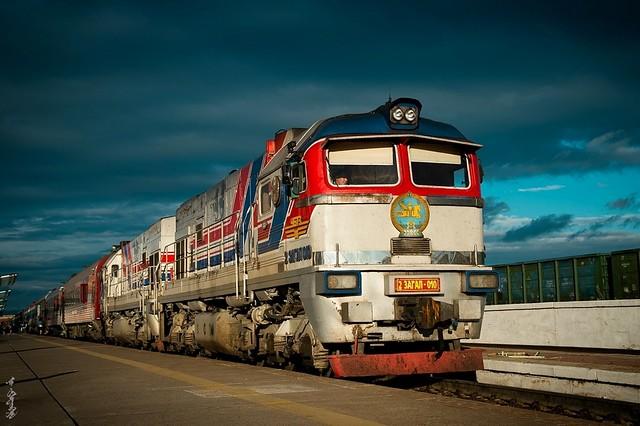 Diesel locomotive 2ZAGAL-010