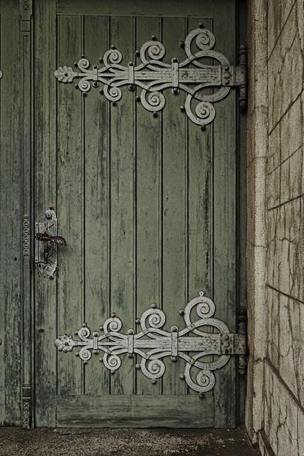 Please come in...