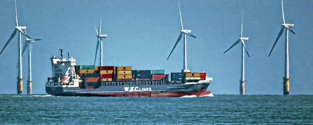 W.E.C. Lines container ship and Thanet Wind Farm off Broadstairs, Kent 2