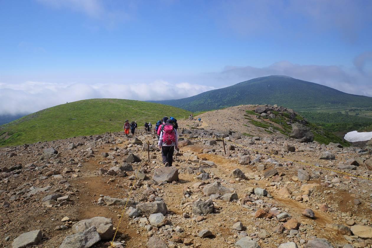 一切経山の稜線ハイク