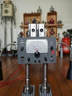 Robot signal generator