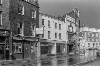 Old St,  Shoreditch, Hackney, 1987 87-3g-43-positive_2400