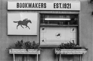 Bookmakers, Crawford Place, Paddington, Westminster, 1987 87-3c-15-positive_2400