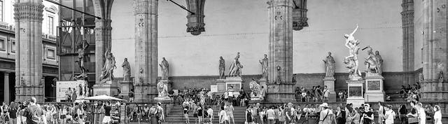 Statues_131453pb