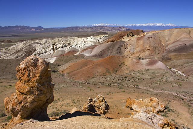 Rockhounding in Nevada near Tonopah