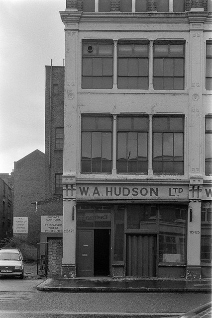 W A Hudson Ltd, Curtain Rd, Shoreditch, Hackney, 1987 87-3g-12-positive_2400