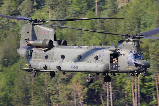 ZA710 Boeing-Vertol Chinook HC.6A Royal Air Force