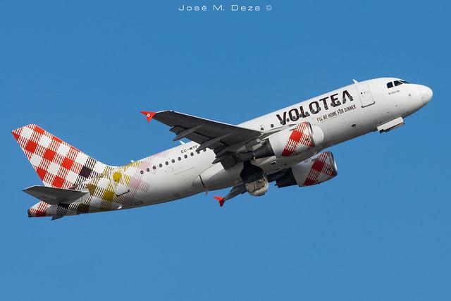 Volotea A319-112 EC-MTF