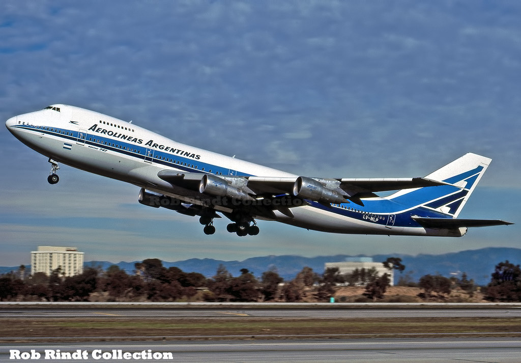 Aerolineas Argentinas B747-287B LV-MLP
