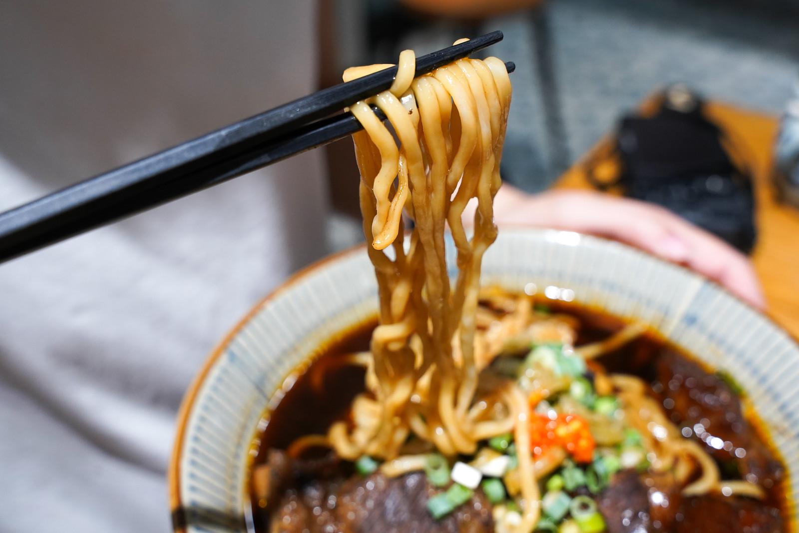 東館牛-紅燒半筋半肉牛肉麵4
