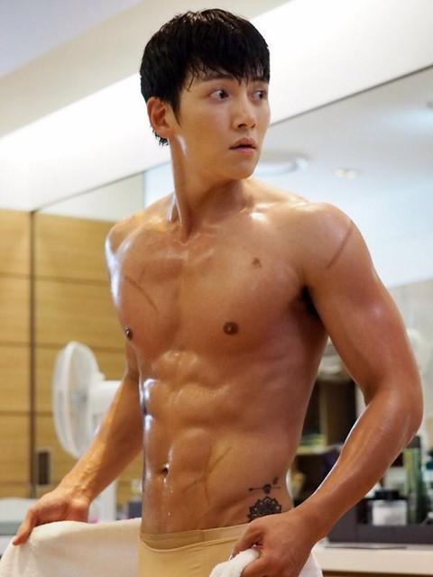 Ji-Chang-Wook-15
