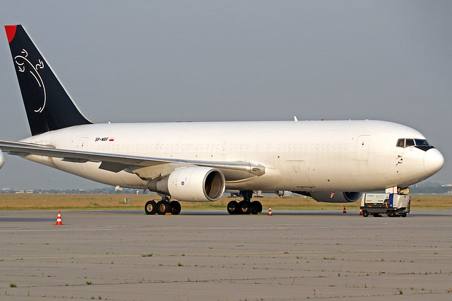 Sky Taxi Boeng 767-281(BDSF) SP-MRF LEJ 17-06-20