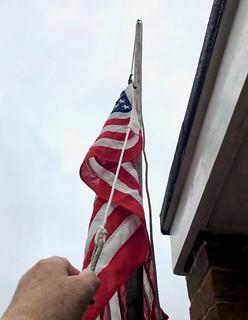 Raising the US flag 186~366