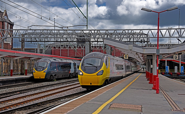 Avanti West Coast Pendolinos at Crewe