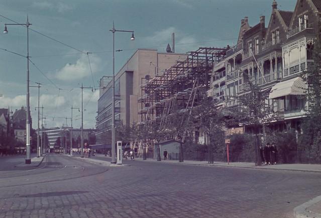 Oude Bijenkorf en woongebouw Schiedamse Vest 1939
