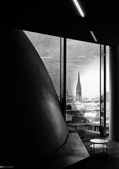 Elbphilharmonie Foyer 01