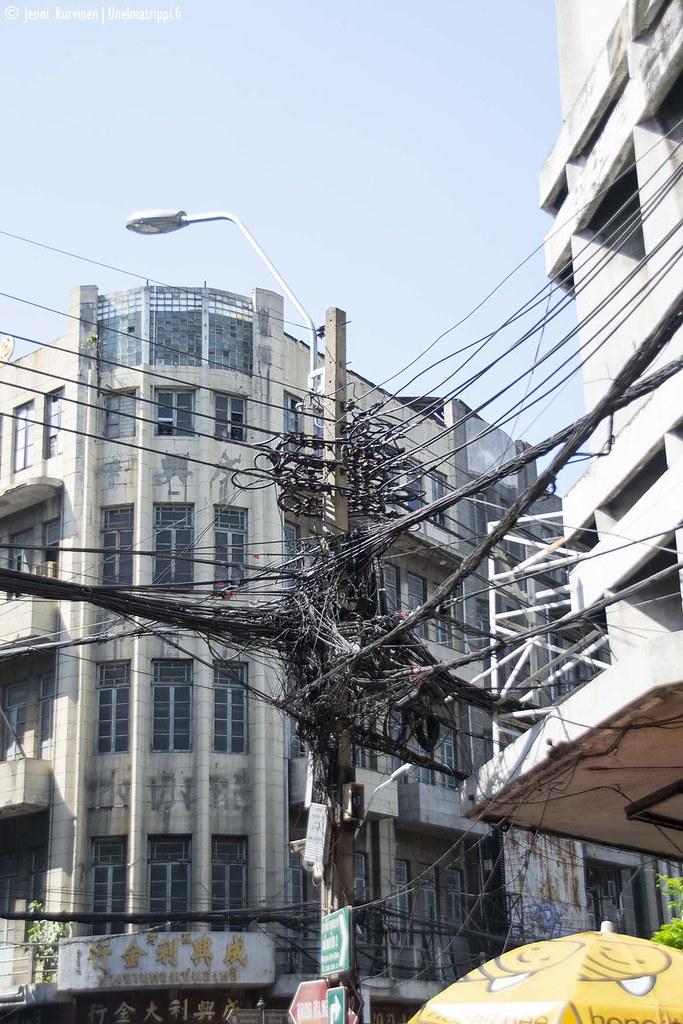Johtohässäkkää Bangkokissa