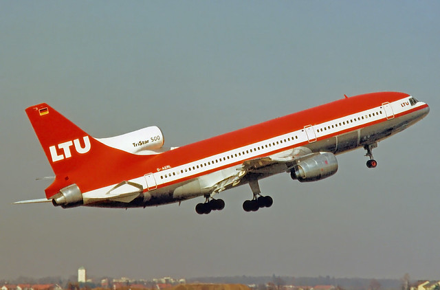 LTU Lockheed L-1011-500 D-AERL