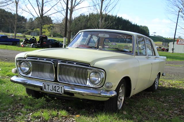 Meremere-Winter Street Drag Wars  5-7-2020 004  1965 Ford Zephyr 6